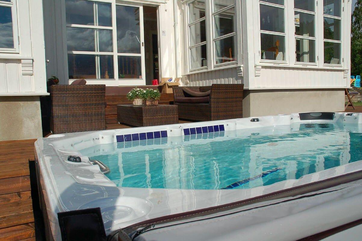 Signature Swim Spa